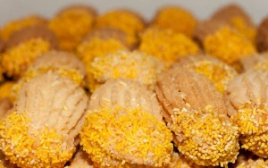Yellow-Petit-Four-Biscuits